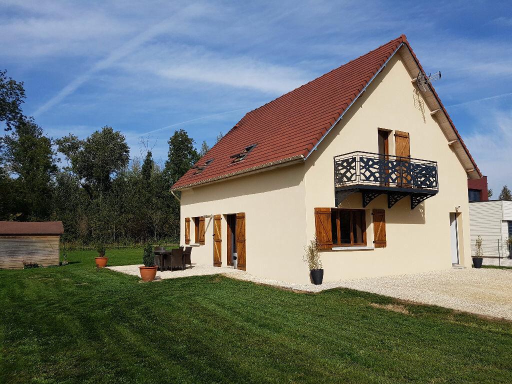 Achat Maison 5 pièces à Saint-Pouange - vignette-3