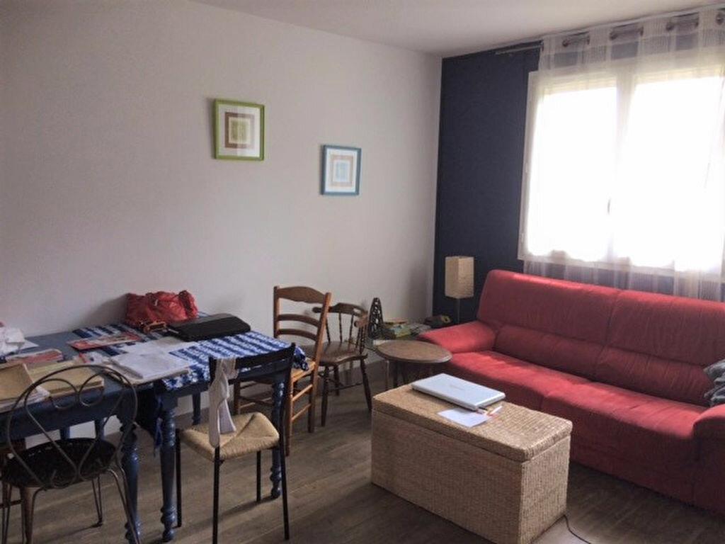 Achat Appartement 4 pièces à Saint-André-les-Vergers - vignette-9