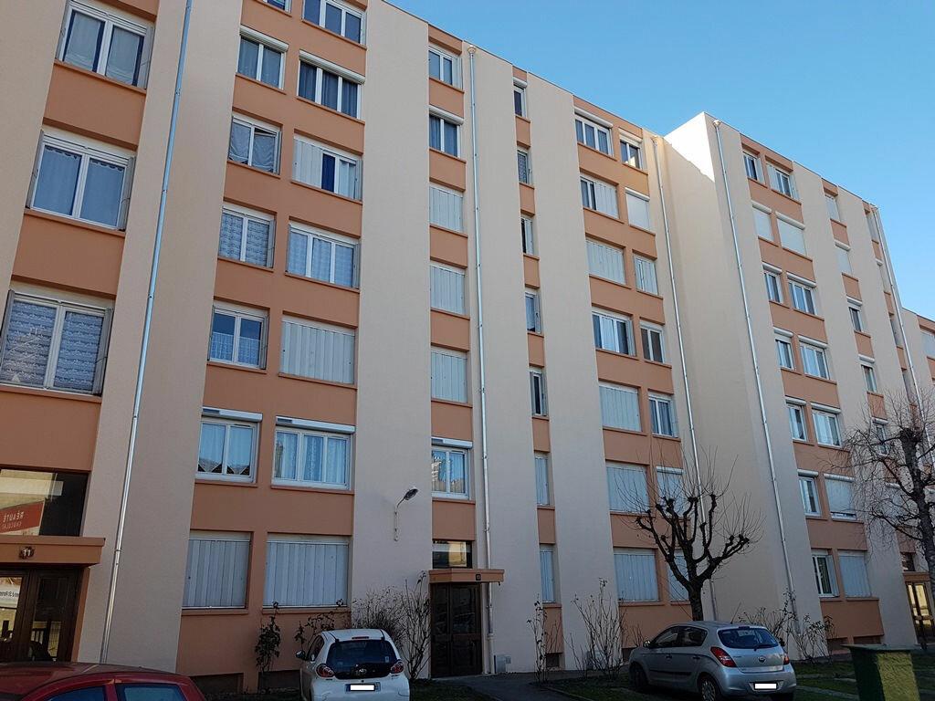 Achat Appartement 2 pièces à Troyes - vignette-1