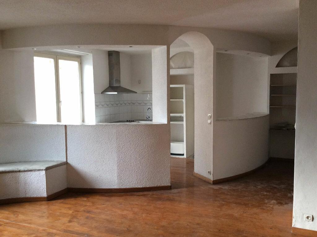 Achat Appartement 4 pièces à Carcassonne - vignette-1