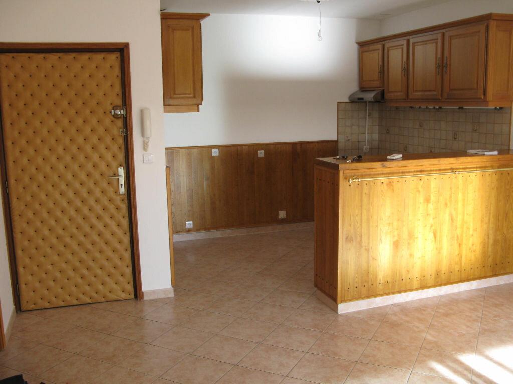 Location Appartement 2 pièces à Biguglia - vignette-1