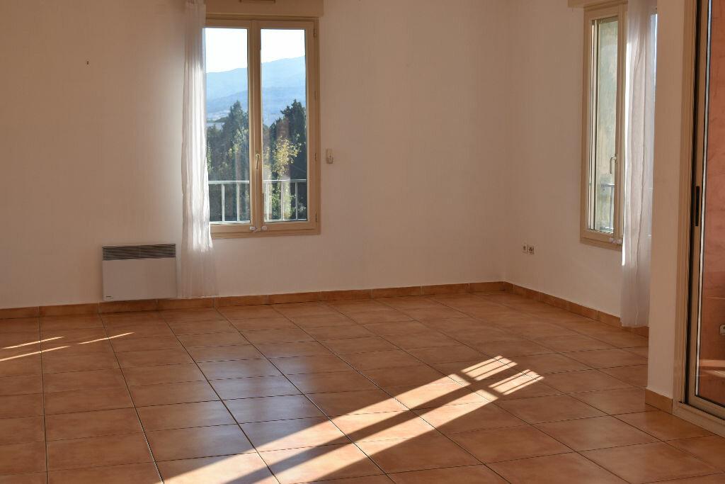 Location Appartement 4 pièces à Biguglia - vignette-1