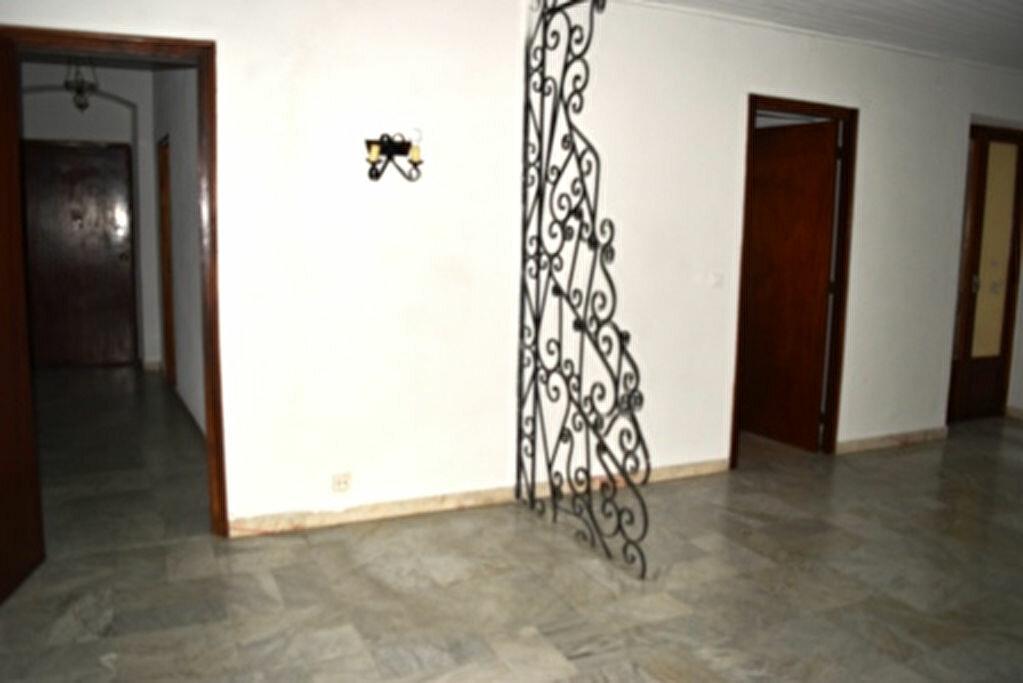 Achat Appartement 4 pièces à Bastia - vignette-3
