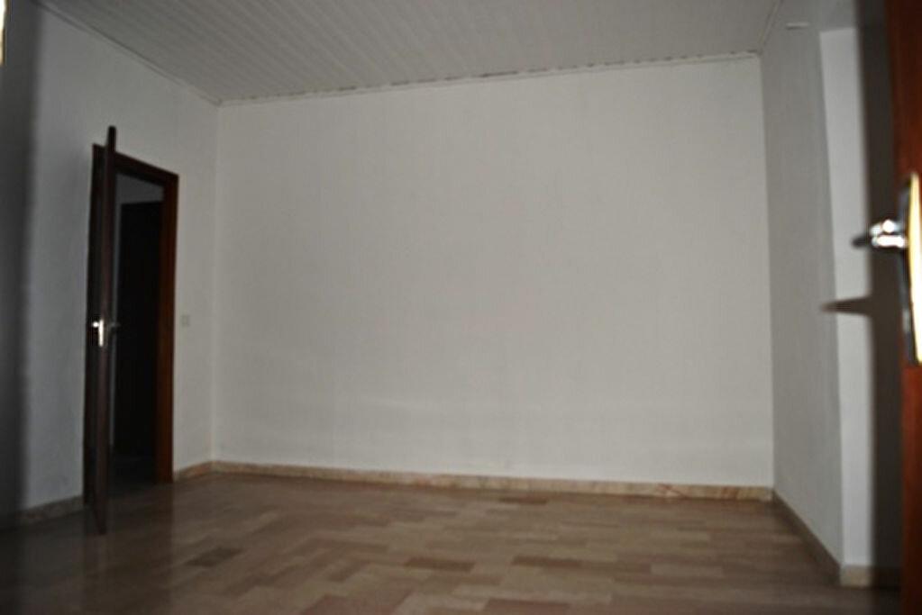 Achat Appartement 4 pièces à Bastia - vignette-4