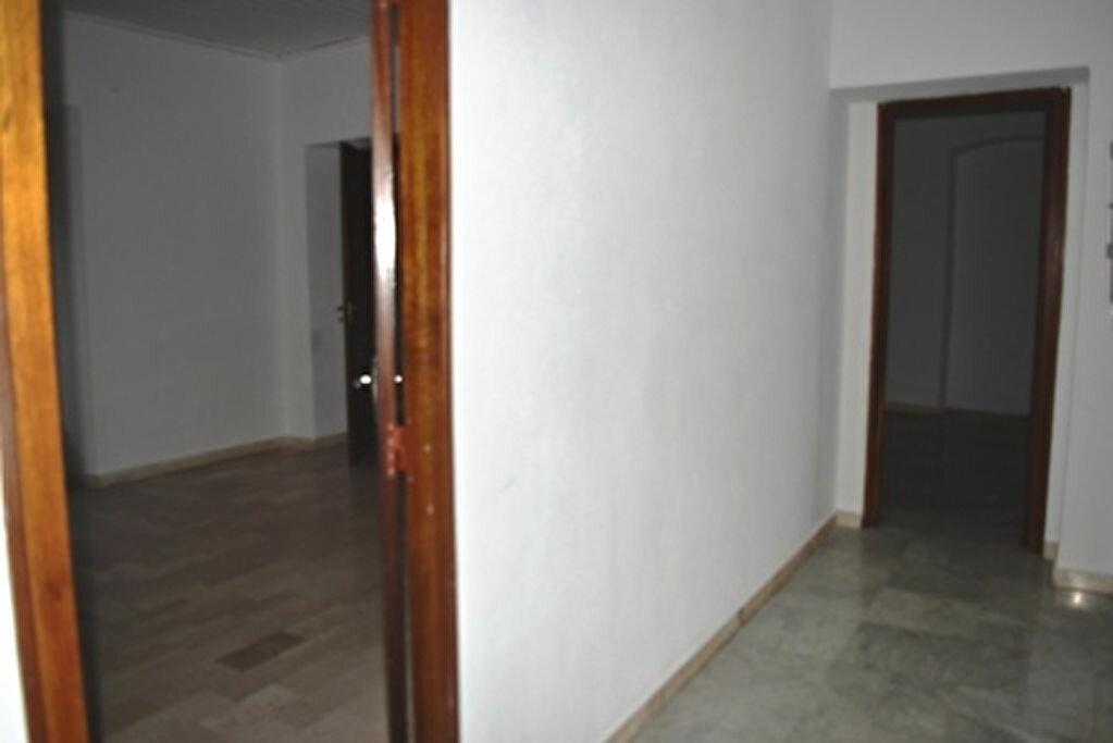 Achat Appartement 4 pièces à Bastia - vignette-6