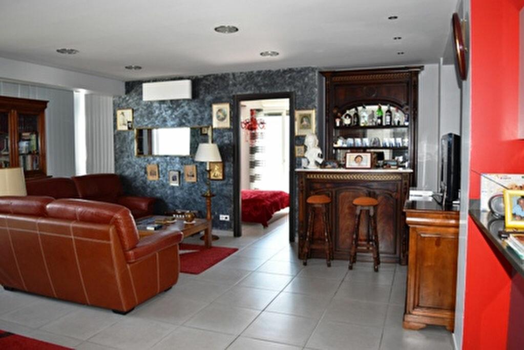 Achat Appartement 3 pièces à Bastia - vignette-1