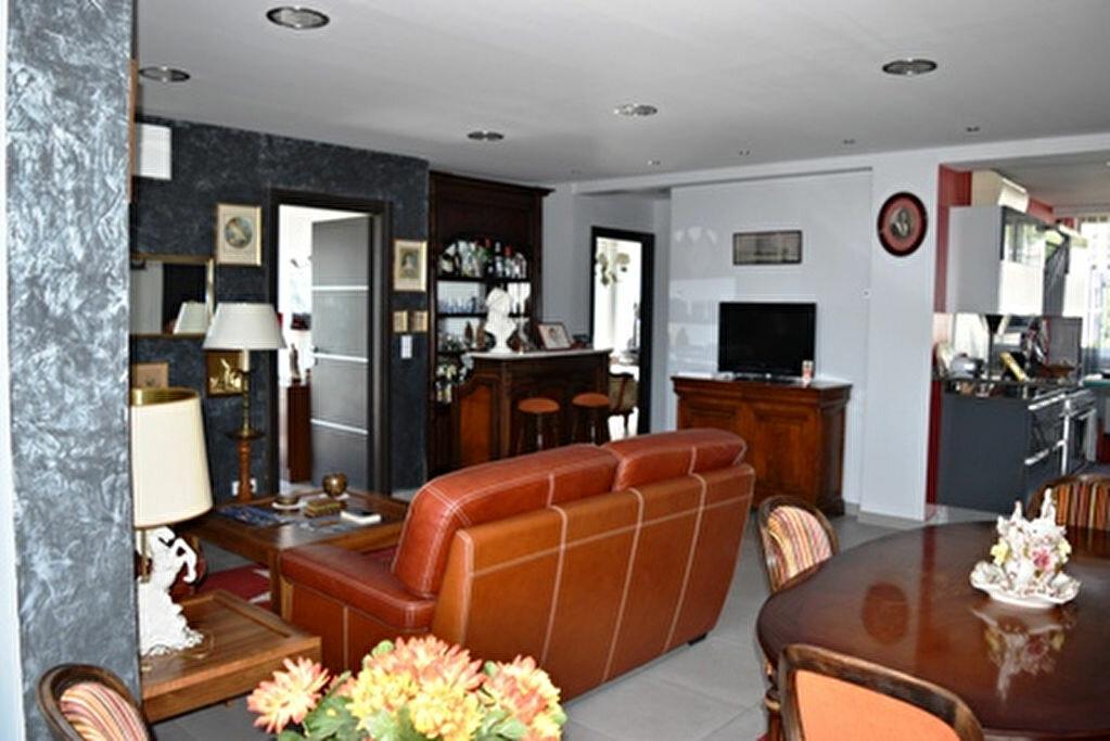 Achat Appartement 3 pièces à Bastia - vignette-6