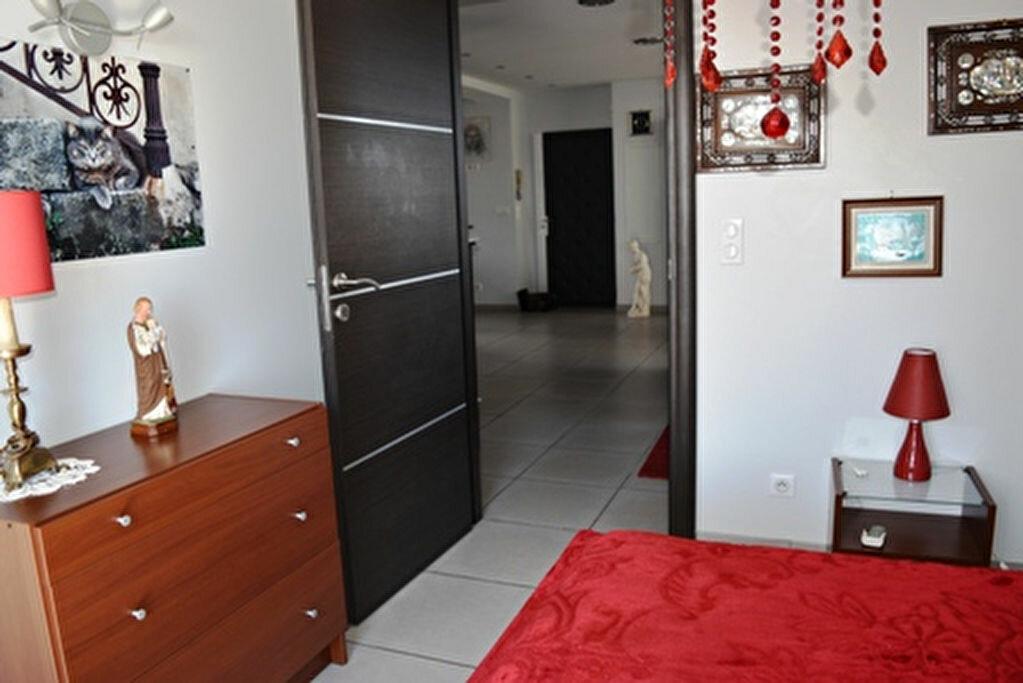 Achat Appartement 3 pièces à Bastia - vignette-9