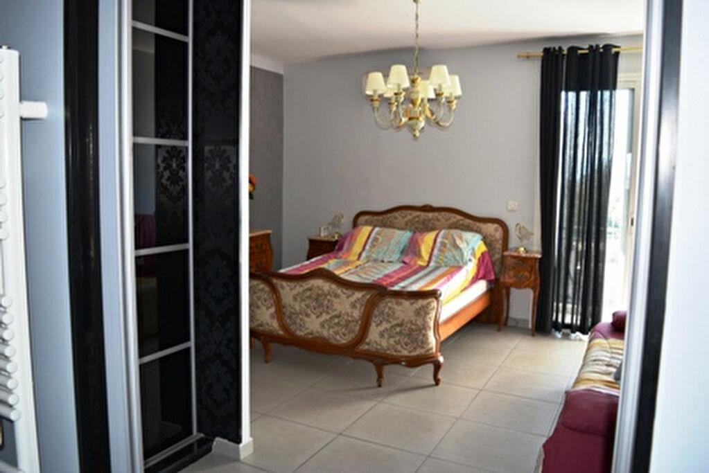 Achat Appartement 3 pièces à Bastia - vignette-10