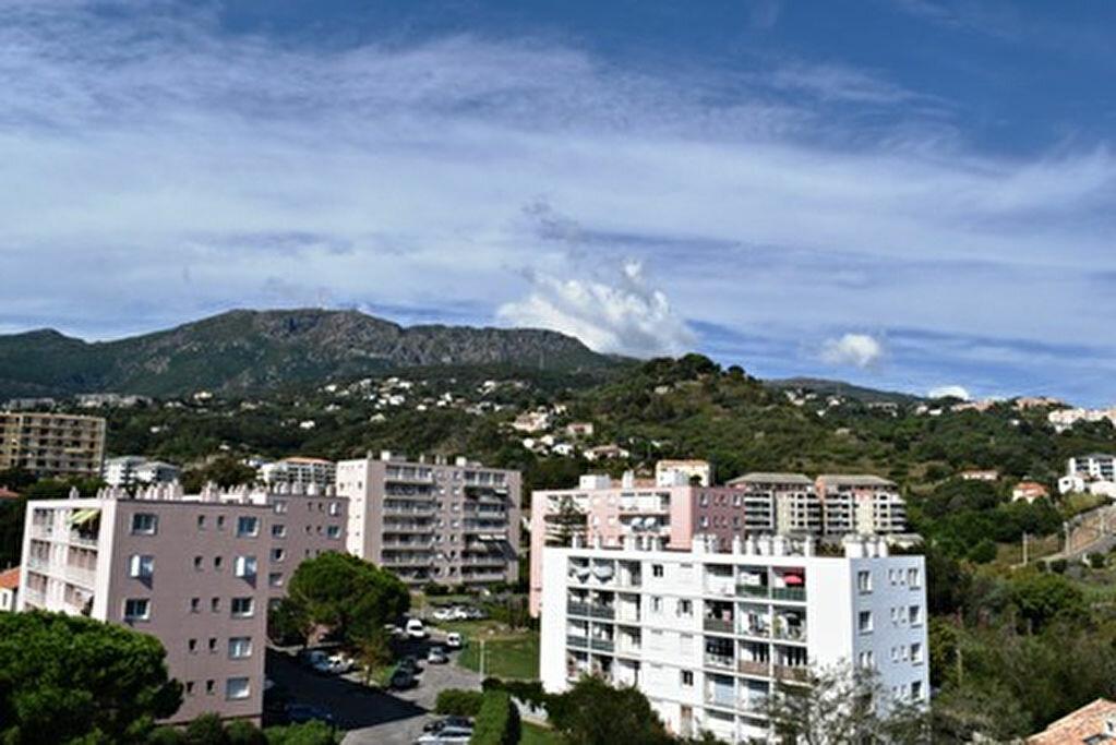 Achat Appartement 3 pièces à Bastia - vignette-13