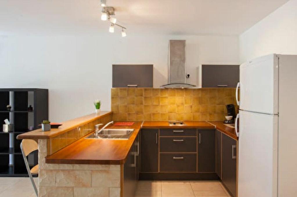Location Appartement 2 pièces à Bastia - vignette-1