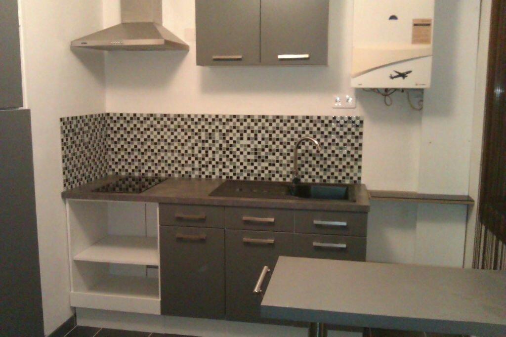 Location Appartement 1 pièce à Leuville-sur-Orge - vignette-1