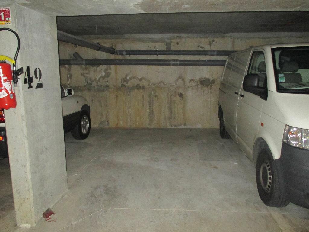 Location Stationnement  à Montlhéry - vignette-1