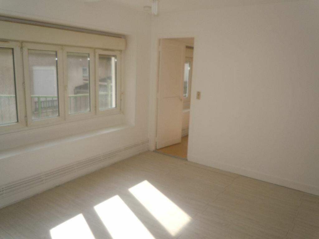 Location Appartement 2 pièces à Montlhéry - vignette-2