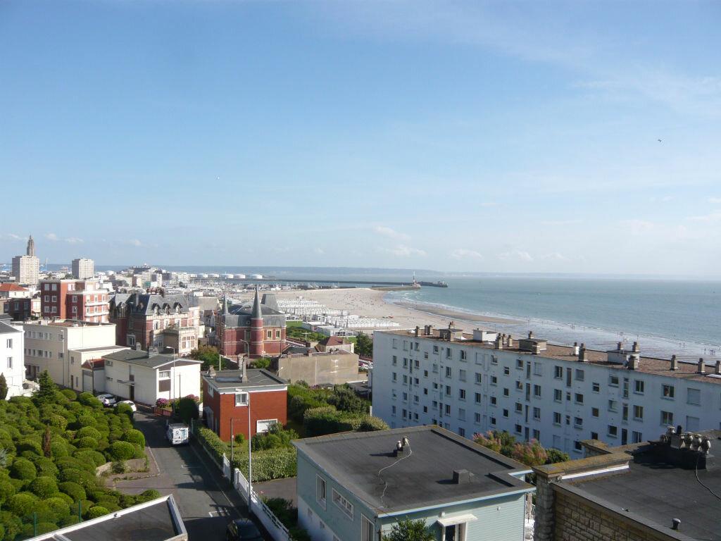 Location Appartement 1 pièce à Sainte-Adresse - vignette-1