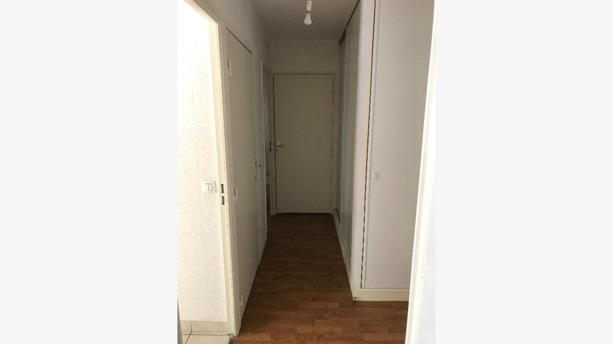 Achat Appartement 2 pièces à Lisieux - vignette-4