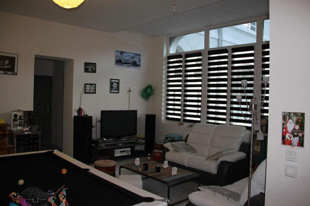 Location Appartement 4 pièces à Lisieux - vignette-1