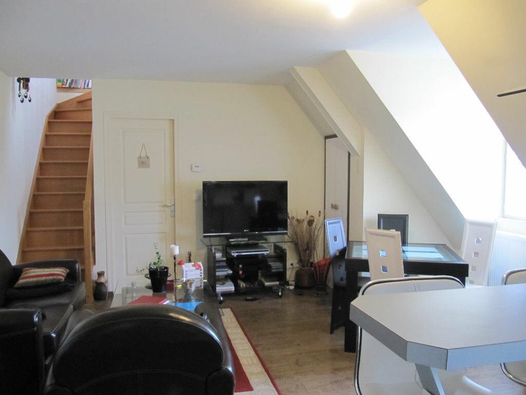 Achat Appartement 3 pièces à Lisieux - vignette-2