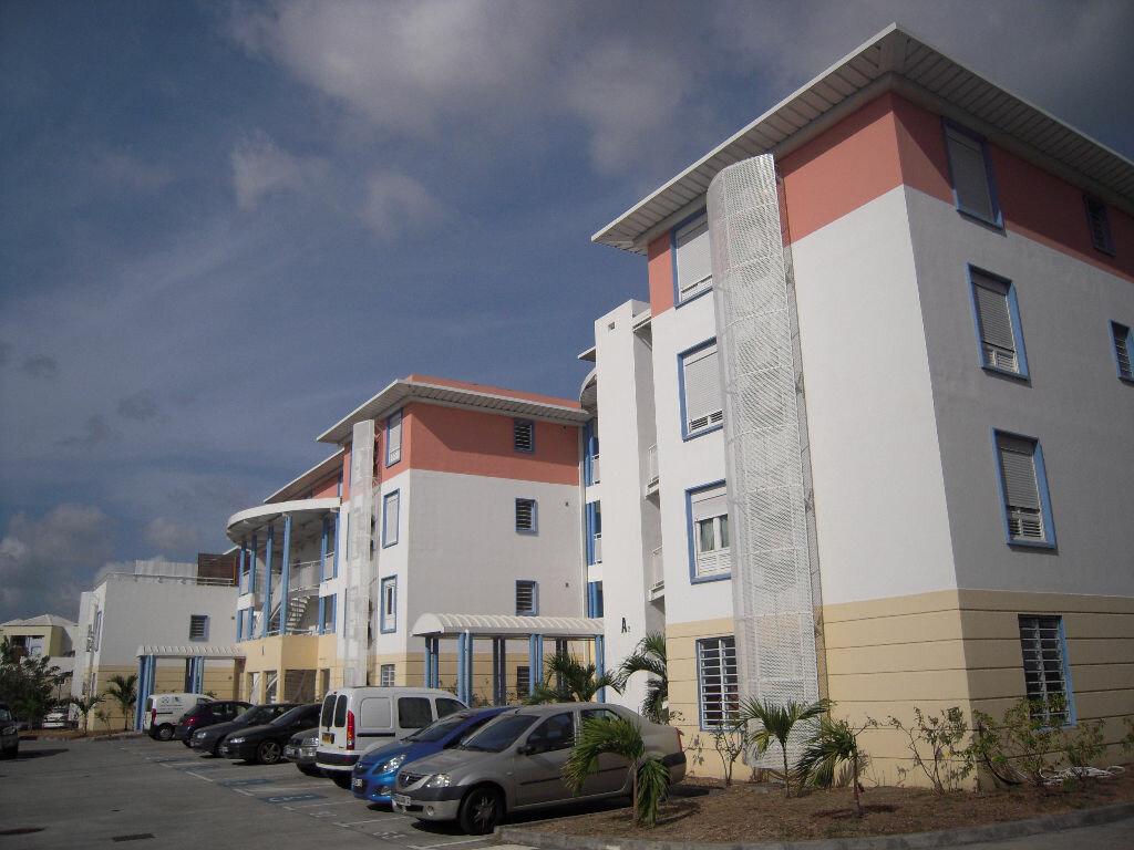 Achat Appartement 3 pièces à Sainte-Luce - vignette-1