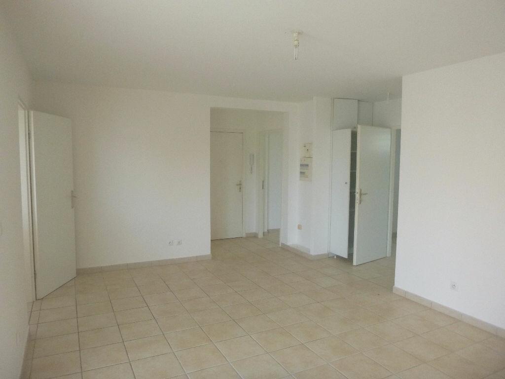 Achat Appartement 3 pièces à Le Lamentin - vignette-3