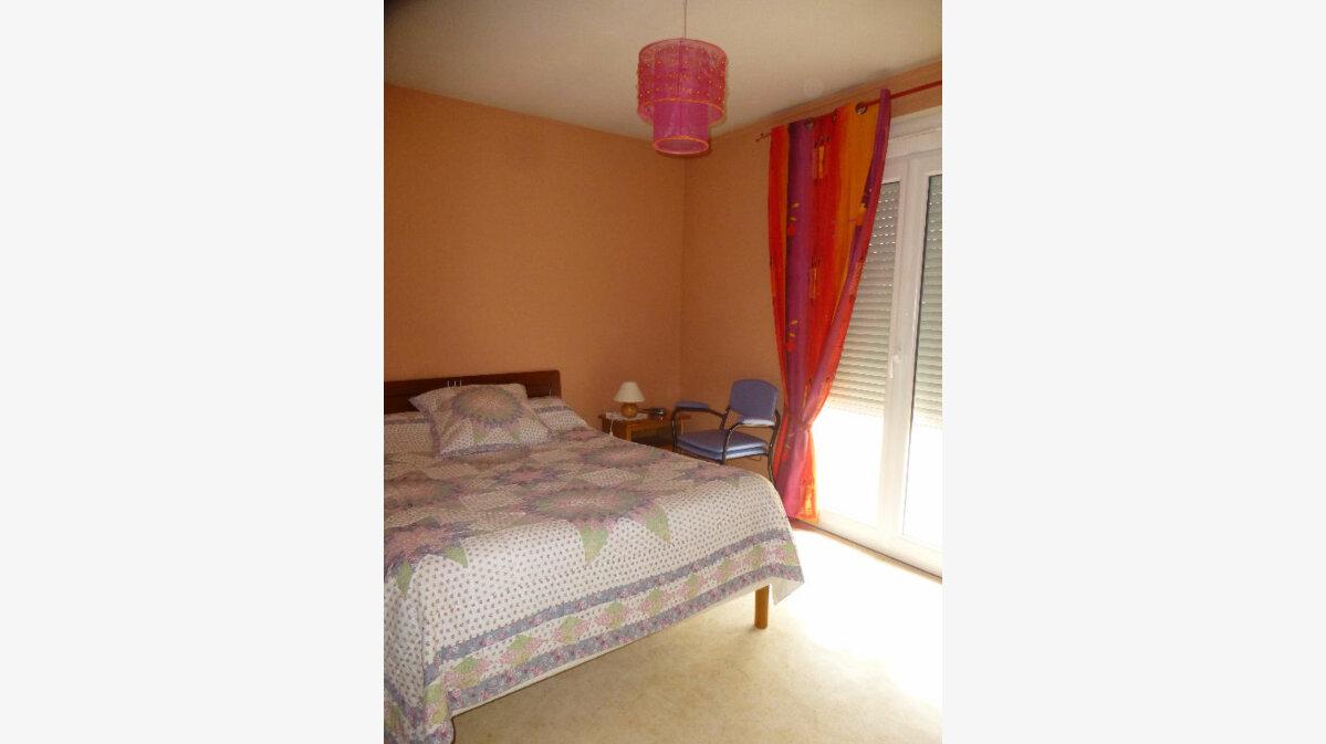 Location Appartement 4 pièces à Saint-Marcel - vignette-1