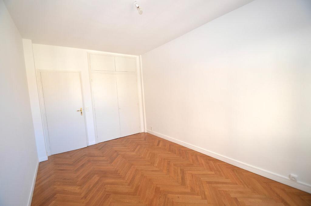 Location Appartement 3 pièces à Nice - vignette-8
