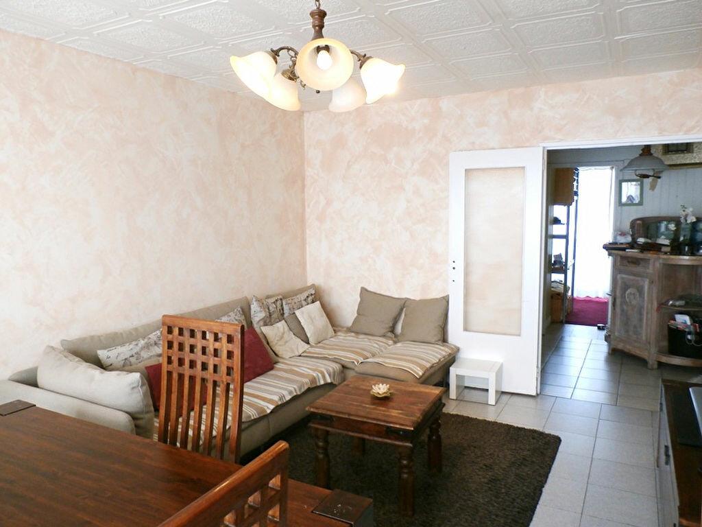 Achat Appartement 5 pièces à Vénissieux - vignette-1
