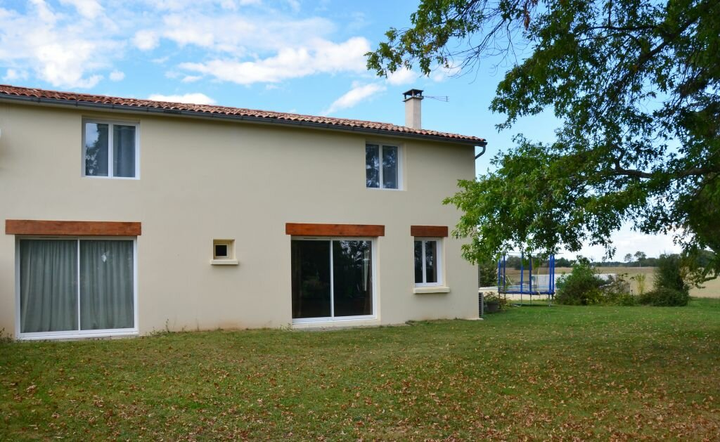 Achat Maison 6 pièces à Saint-André-de-Lidon - vignette-1