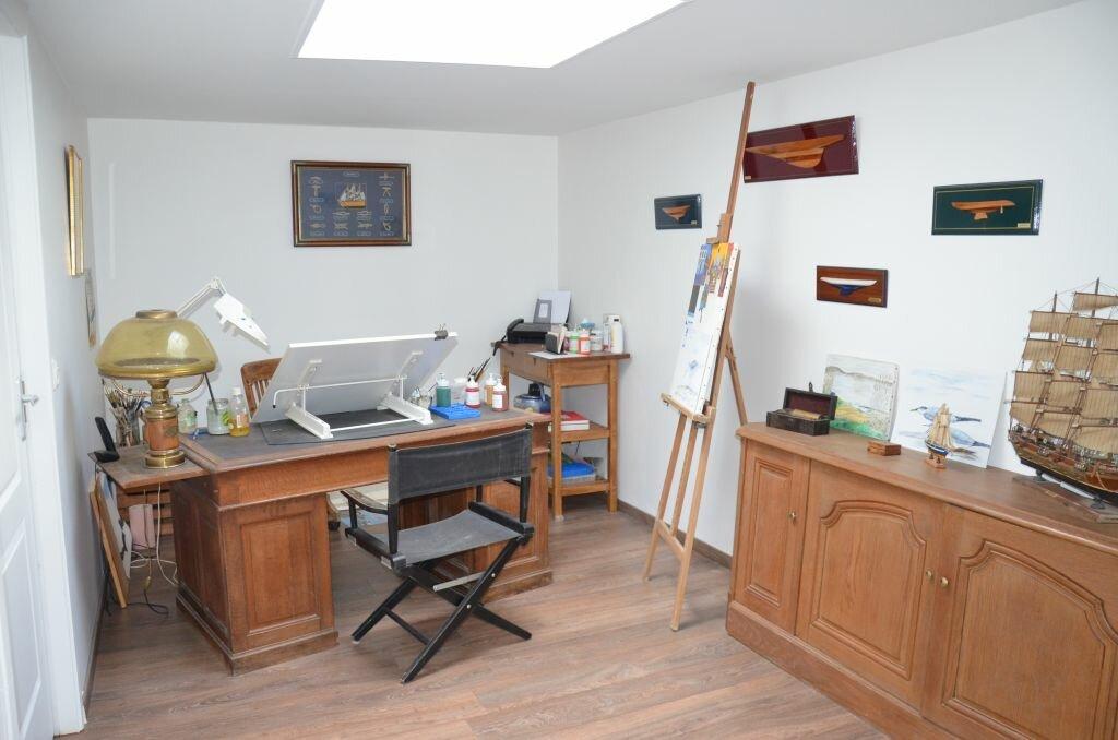 Achat Maison 6 pièces à Saint-André-de-Lidon - vignette-7