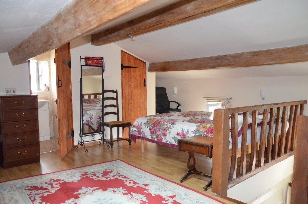 Achat Maison 4 pièces à Mortagne-sur-Gironde - vignette-5