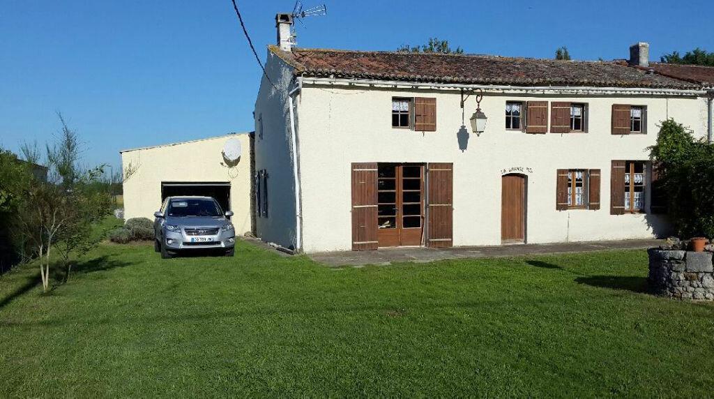 Achat Maison 3 pièces à Saint-André-de-Lidon - vignette-1