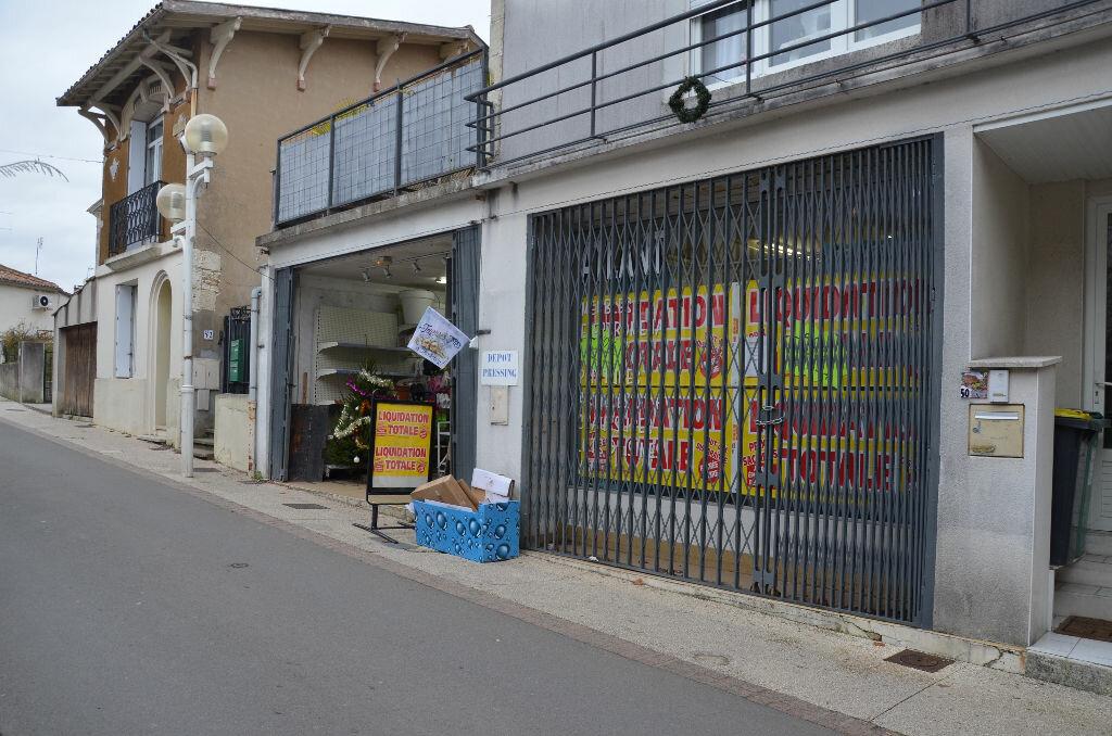 Location Local commercial  à Meschers-sur-Gironde - vignette-2