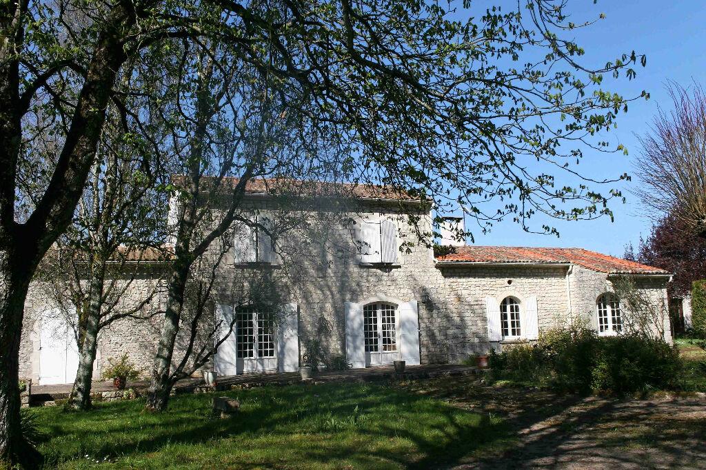 Achat Maison 8 pièces à Corme-Écluse - vignette-1