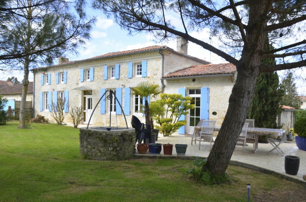 Achat Maison 7 pièces à Saint-André-de-Lidon - vignette-1