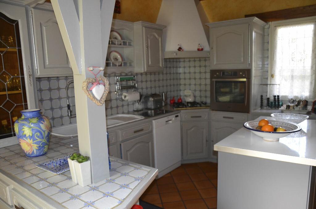 Achat Maison 7 pièces à Saint-André-de-Lidon - vignette-3
