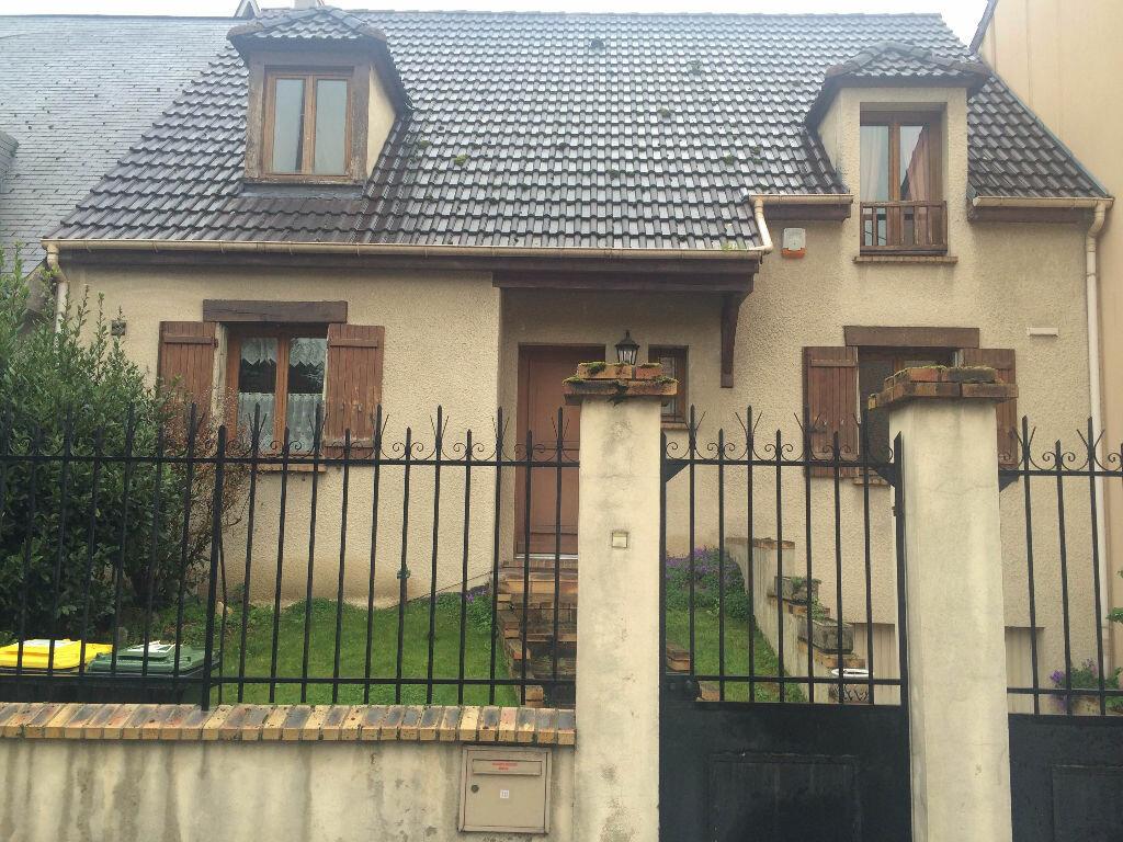 Achat Maison 6 pièces à Le Blanc-Mesnil - vignette-1