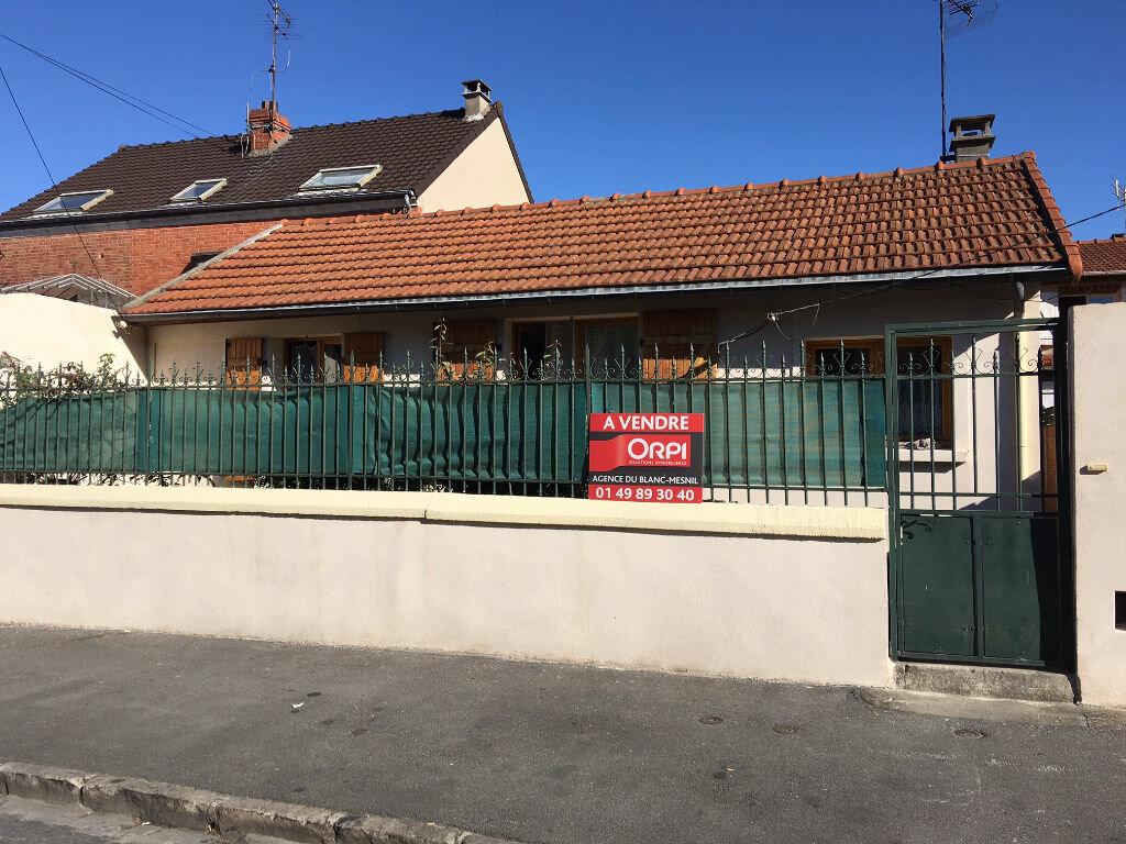 Achat Maison 4 pièces à Le Blanc-Mesnil - vignette-1