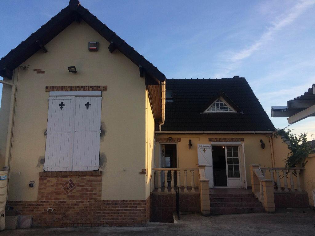 Achat Maison 6 pièces à Le Blanc-Mesnil - vignette-2