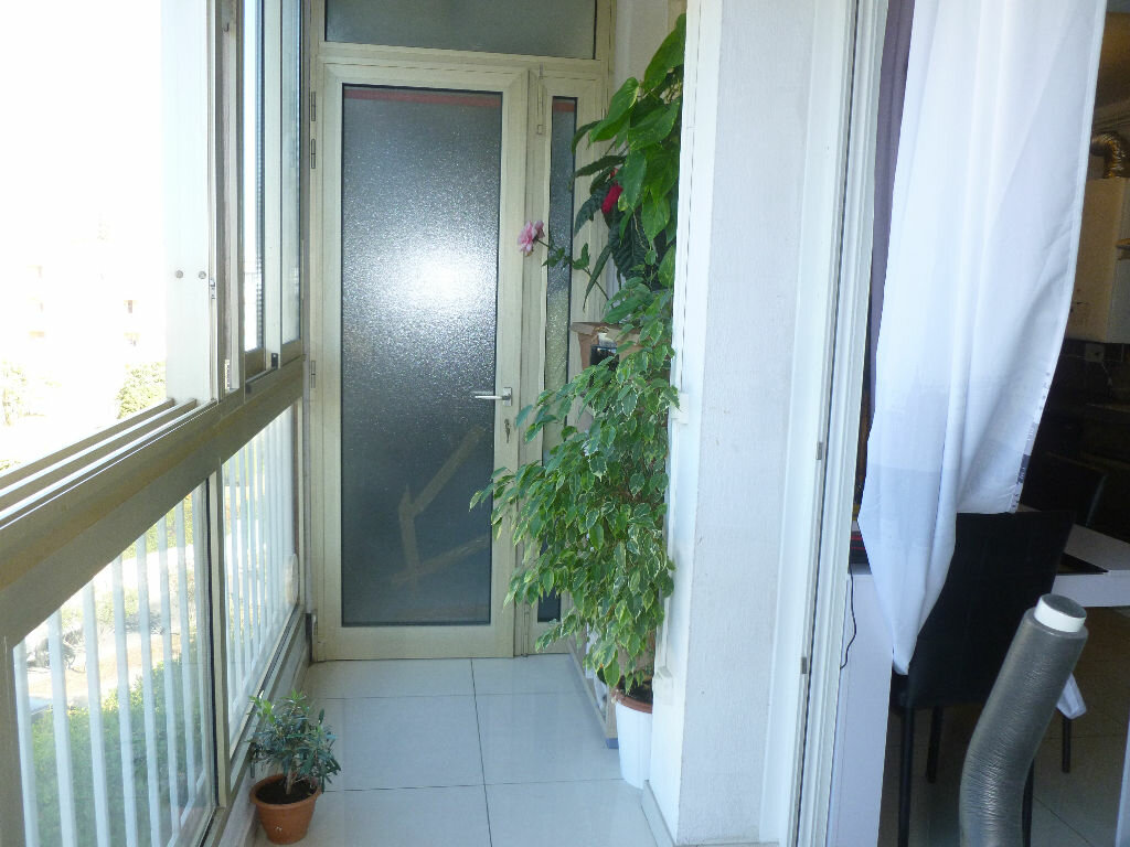 Achat Appartement 4 pièces à Antibes - vignette-3