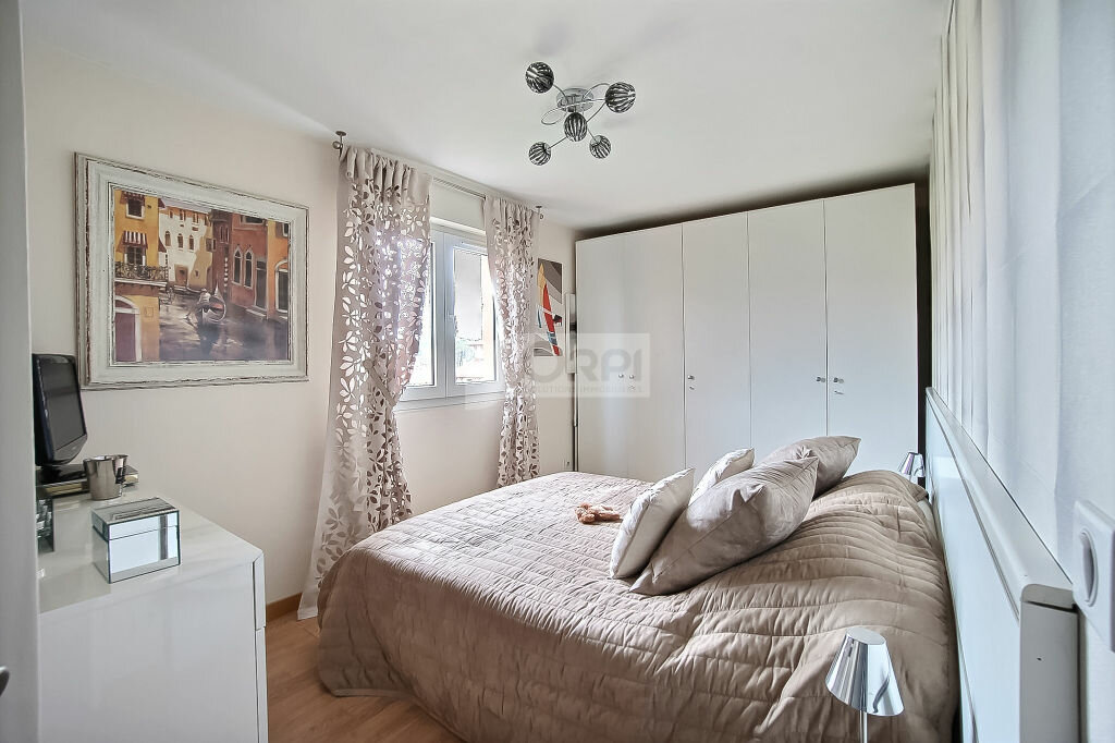 Achat Appartement 3 pièces à Vallauris - vignette-5