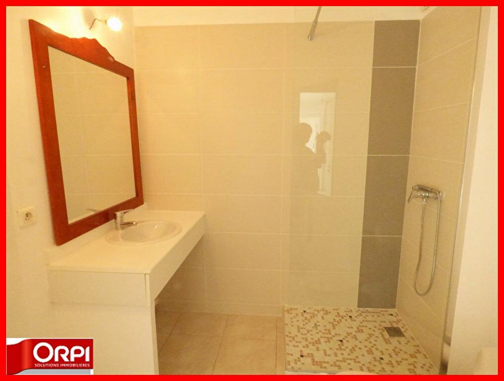 Achat Appartement 2 pièces à Vernaison - vignette-3