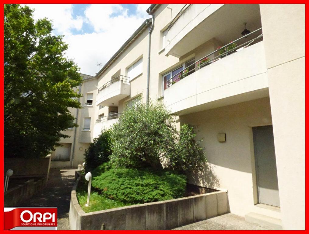 Achat Appartement 2 pièces à Vernaison - vignette-4