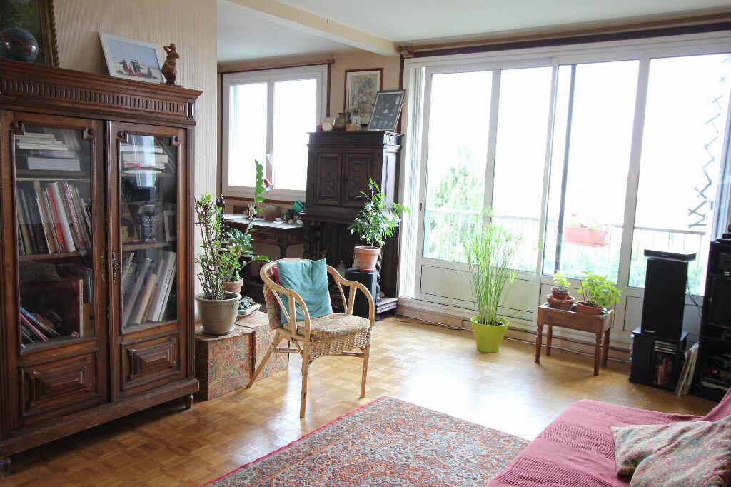 Achat Appartement 4 pièces à Le Plessis-Robinson - vignette-1