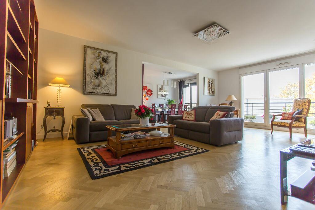 Achat Appartement 5 pièces à Le Plessis-Robinson - vignette-1