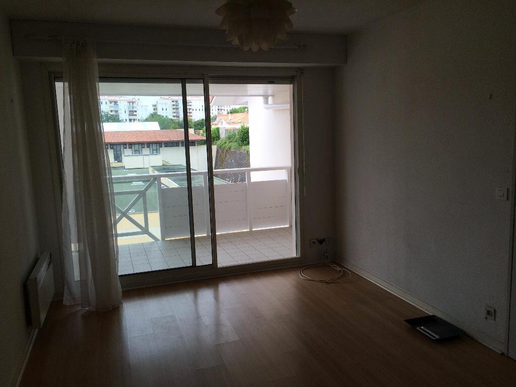 Location Appartement 2 pièces à Biarritz - vignette-2