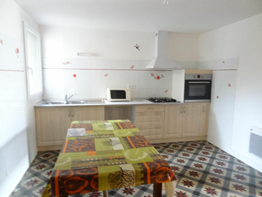 Location Maison 5 pièces à Brugairolles - vignette-1