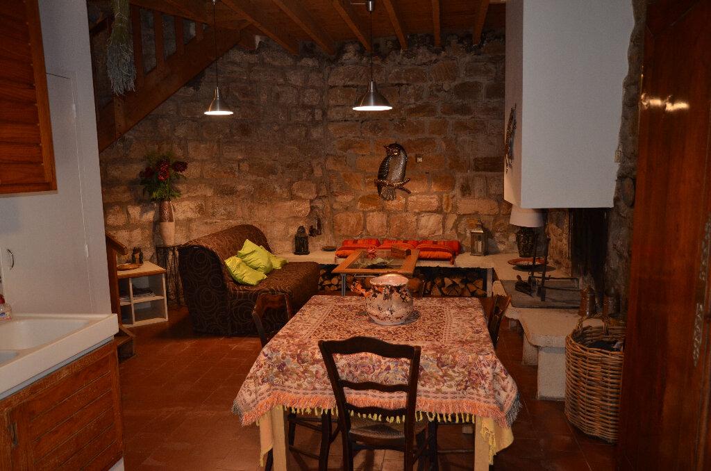Achat Maison 4 pièces à Alet-les-Bains - vignette-2