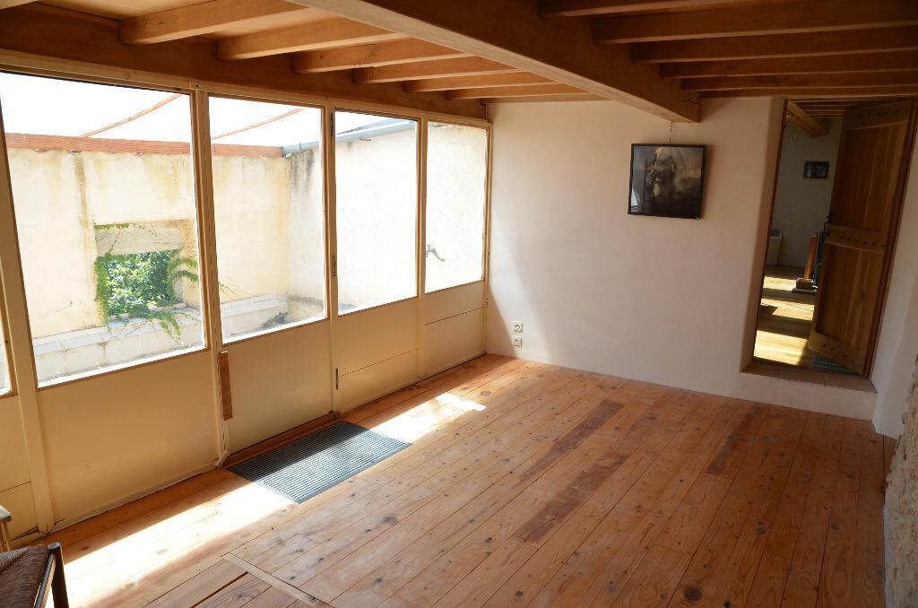 Achat Maison 7 pièces à Loupia - vignette-9