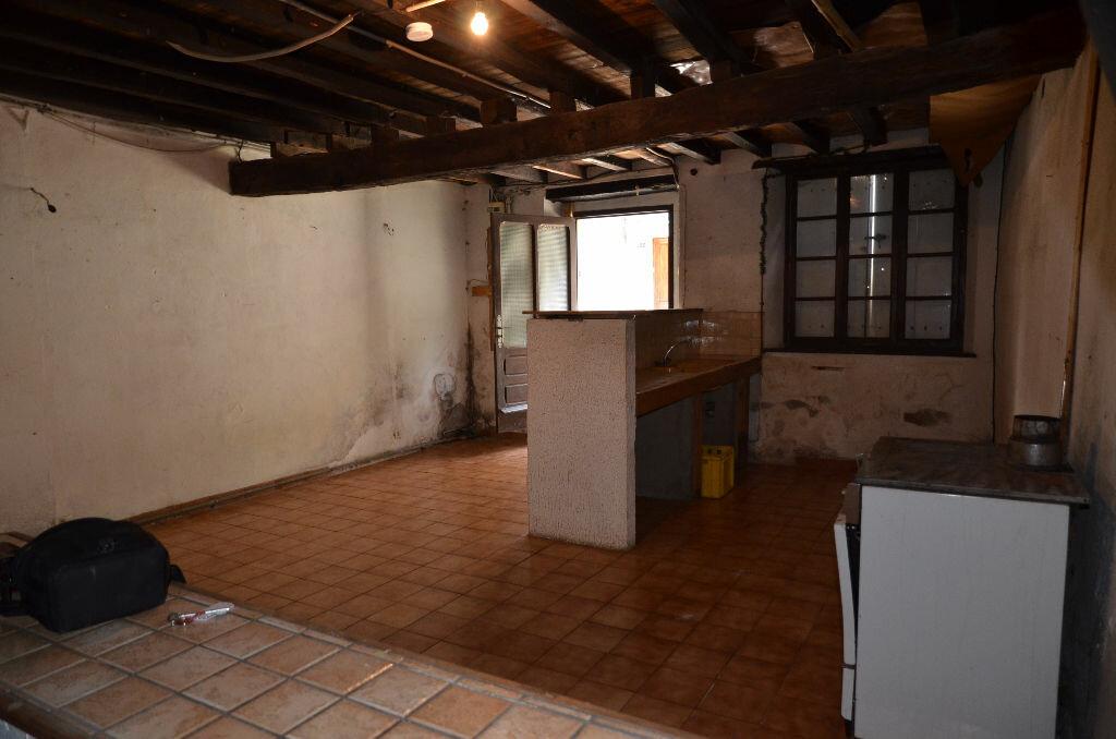 Achat Maison 3 pièces à Peyrefitte-du-Razès - vignette-3