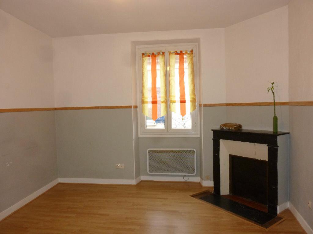 Location Appartement 2 pièces à Thorigny-sur-Marne - vignette-1